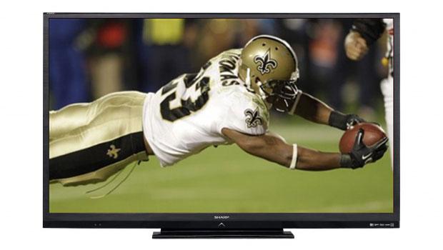 sharpLC90LE745U 620x350 - Pour vivre le Super Bowl dans votre salon