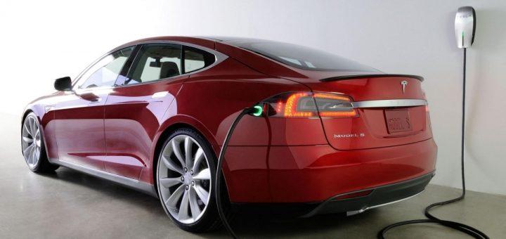 header image 1479318961 720x340 - Considérations pour un véhicule électrique