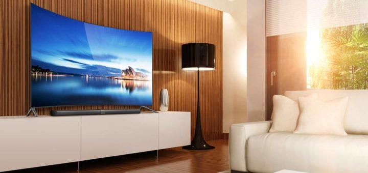 MI TV CURVE 720x340 - Pour la grande finale de la FIFA, osez un grand écran!
